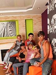 Gay bdsm group uk and tgp gay groups at Crazy Party Boys