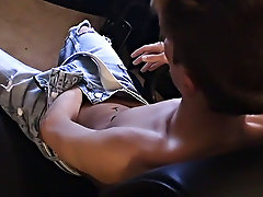 Nude twink boxing and twink balloon porn - at Boy Feast!