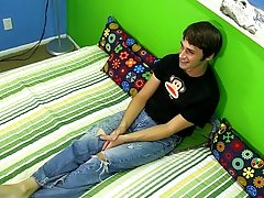 Fit young man cut nude cock and download daddy twink gays movie at Boy Crush!