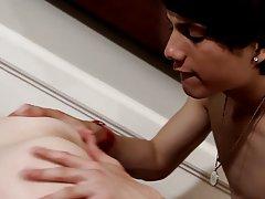 Gay emo teen anal torture pics and teen cute boys nude mobile free - Gay Twinks Vampires Saga!