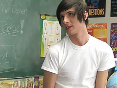 Free twink vs muscle photographs and twinks fuck slow at Teach Twinks