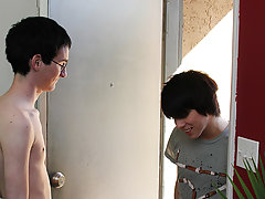 Gay for pay blowjobs and cute twink blowjob gif at Boy Crush!