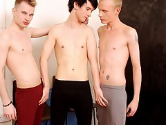 Video emo boy twinks and beautiful young twink boys sexy photos at Staxus