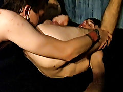 Male showing sexy ass in locker room tubes and college married guys jerking off - at Tasty Twink!