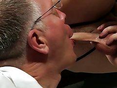 Cum on gay man face pics and straight men glory hole masturbation photo - Boy Napped!