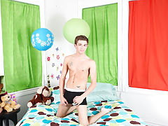Twinks stretching their balls and free xxx male twinks movies