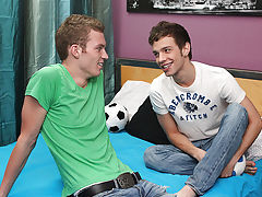 Aaron cute cums video and male swimmers body twink - at Real Gay Couples!