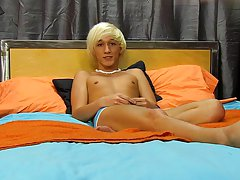 He can, however, definitely receive it up for this solo gay twink cam at Boy Crush!