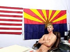 Xxx gay anal rimming pics and gays naked fuck pics at Boy Crush!
