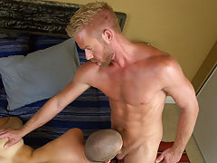 Where to watch aaron cute videos in full length and men fucking slow and moaning at Bang Me Sugar Daddy