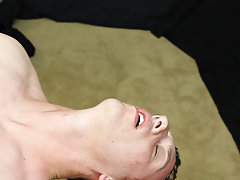 Twink fucking free mobile video and suck dick gulp cum gays movies at Boy Crush!