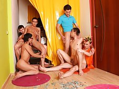 Gay group sex parties and male gay art groupe at Crazy Party Boys