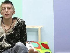 Short teen boy twink jerks big dick video tube and twink boy porn down mob at Boy Crush!