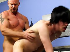 Straight male anal and college gay anal at I'm Your Boy Toy