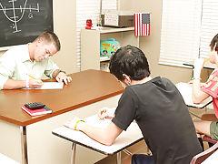 Black flaccid big dick xxx photos and black dick with ribbon pics at Teach Twinks