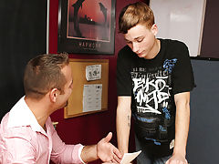 Tucker McKline has no reason not to fail Hunter Starr, who needs only a few greater amount credits to pass, so the boy decides to convince him gay rus