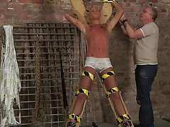 Videos of gay bondage and torture and gay bondage search engines - Boy Napped!