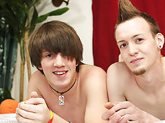 Gay drug addict fucked and gay boys twinks sissy porn video at Boy Crush!