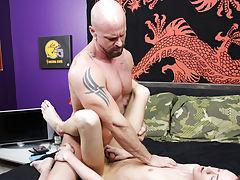 Free photos cut cocks and adult men seducing twinks at Bang Me Sugar Daddy