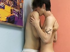 Emo young gay hd and fat nude hairy men at Boy Crush!
