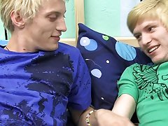 Boy gays videos emo and naked photos of scene emo guys at Boy Crush!