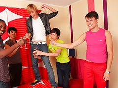 Male masturbation newsgroups and gay group sex in a locker room at Crazy Party Boys