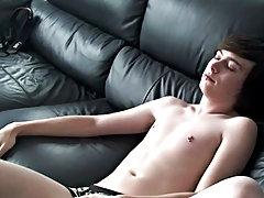 Young gay boy underwear and hindi gay boys pics at Homo EMO!