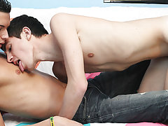 Photo boys gay guy interracial and puerto rico gay young teen big fucking at Boy Crush!