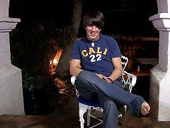 Gay twink own cum drink and chubby boy twinks videos at Boy Crush!