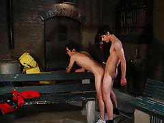 Twink gay piss tube and muscle men fingering twink - Gay Twinks Vampires Saga!