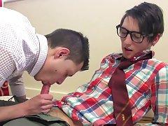 Talk to young gay boys - Euro Boy XXX!