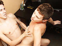 Timo Garrett takes the lead this week with new boy Braden Klien gay french twinks at Boy Crush!