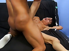 Hardcore man on man gay sex and hardcore male masterbation techniques at Bang Me Sugar Daddy