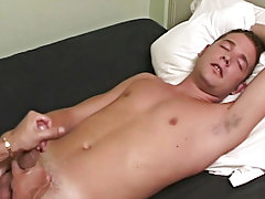 Hentai male masturbating free video and moving pics of male masturbation