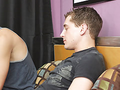 Gay hardcore porn pictures and free hardcore gay porn clips at My Husband Is Gay