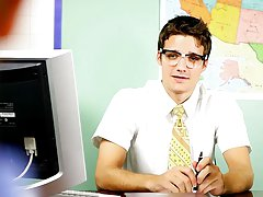 Krys Perez plays a horny professor who's curious nearby the size of pupil Levon Meeks' cock gay twink anal at Teach Twinks