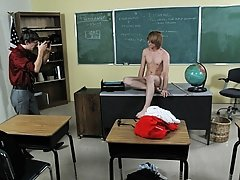 It's after school and a geeky  is getting a pep talk from a smokin' hot male guru first gay handjob at Teach Twinks