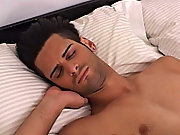 Steve has a unqualifiedly thick cock that is a good enough but Zack seems to have no problem taking all of it in gay men who like t